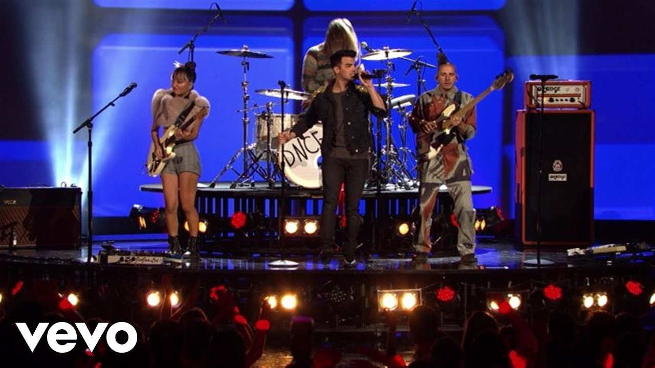 DNCE - Cake By The Ocean (Live From The 2016 Radio Disney Music Awards)