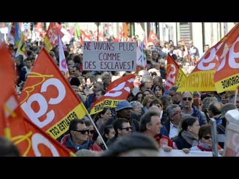 فرنسا: النقابات تحشد أنصارها للتظاهر والإضراب الثلاثاء ضد قانون العمل الجديد  - 11:21-2017 / 9 / 12