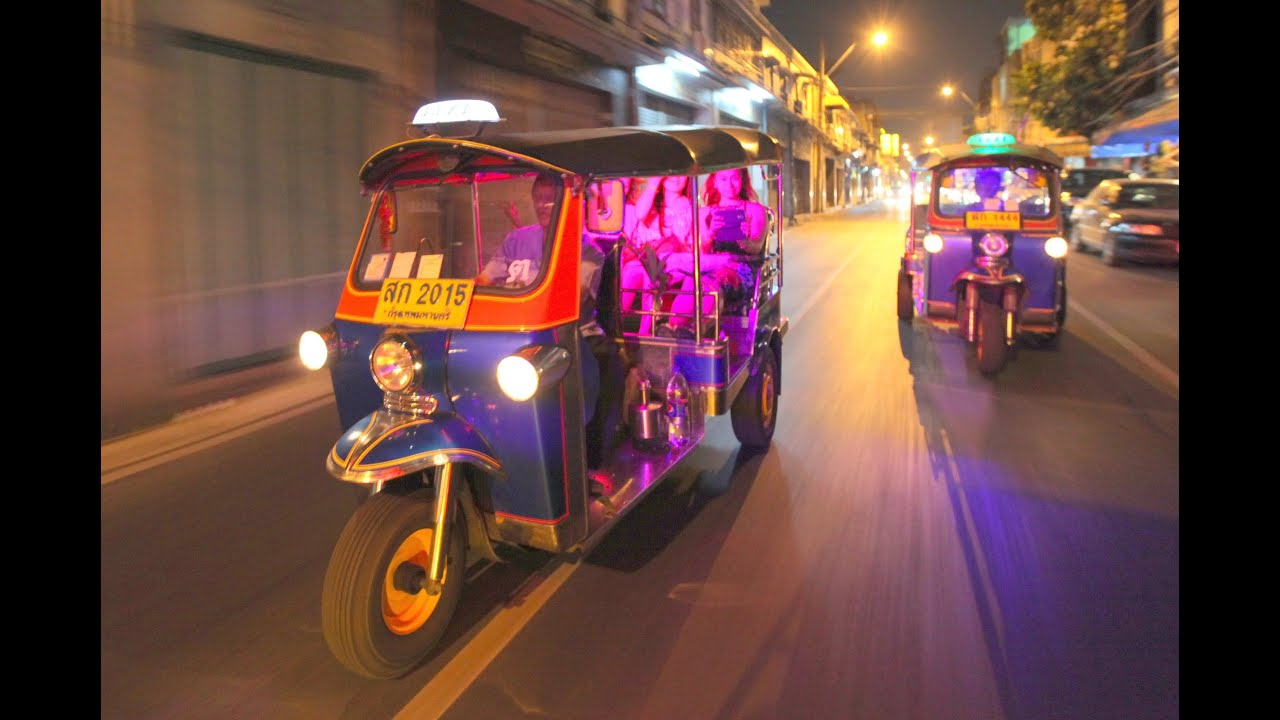 expique 39 s bangkok night lights tuk tuk tour youtube. Black Bedroom Furniture Sets. Home Design Ideas