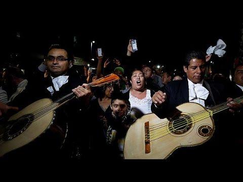 Latino Elvis  Juan Gabriel dies suddenly aged 66