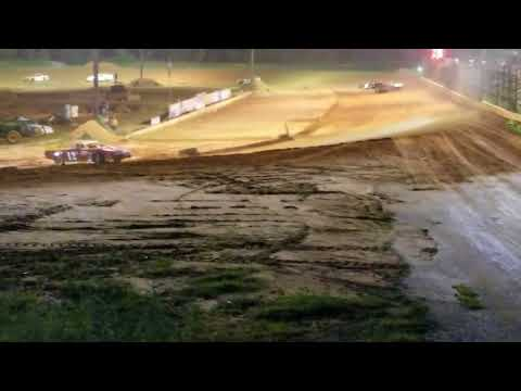 Southern Raceway 8-26-17 StreetStock feature
