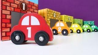Araba oyunları. Kırmızı araba arkadaşlarını arıyor.