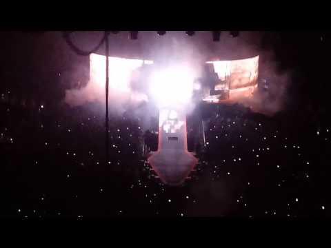 QUEEN Concert Opening | Philadelphia