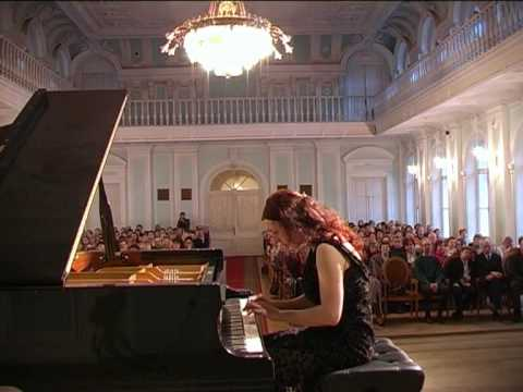 Shorena Tsintsabadze plays Shostakovich Prelude and Fuga