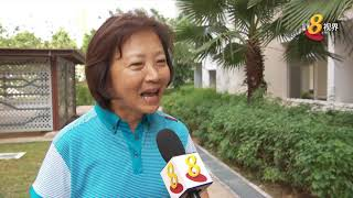 议员走访年长居民 传达抗霾信息