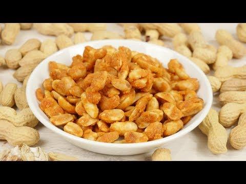 Erdnüsse im Teigmantel