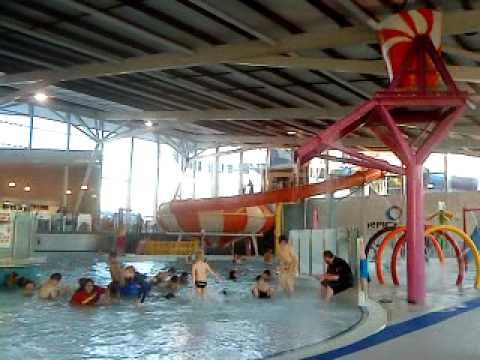 nauru/ozie - indoor swimming 3