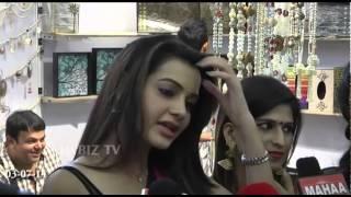 Diksha Panth Actress at Hi Life Expo