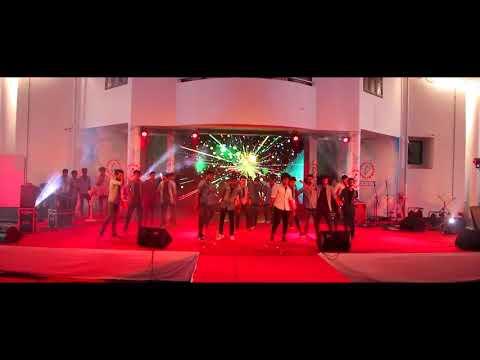 Royal Mech Dance