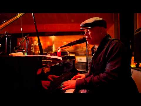 Narada Michael Walden Bids Farewell to His Friend George Duke in This Touching Video