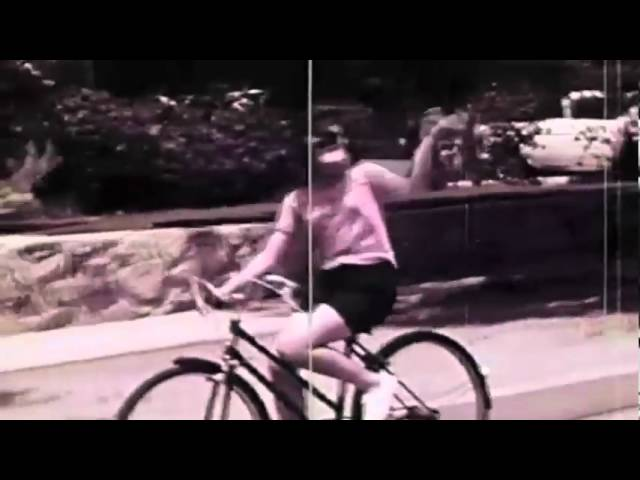 Boom Clap Bachelors - Falder Ind Og Falder Ud (Official Music Video)