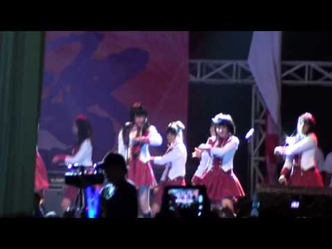 [HD] JKT48 - Heavy Rotation at Jak Japan Matsuri 2012 Closing