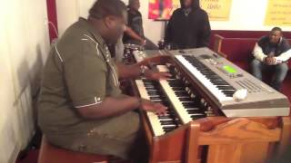 "Lazarus Jones On Organ ""BUMPIN HARD"""