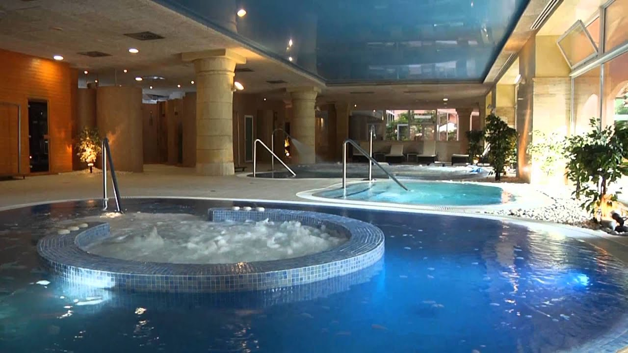 Gran hotel elba estepona thalasso spa youtube for Hotel spa lujo espana