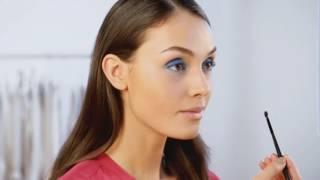Как сделать макияж в синей гамме.  Видеоурок красоты