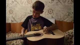 Уроки игры на гитаре- Маленькой ёлочке