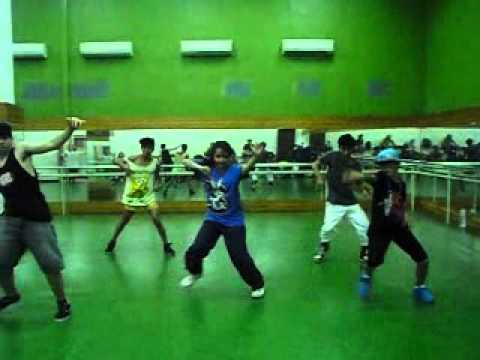 Karantina Dance Like Agnes ( kelompok II ) Temperature :') kevin , Maha , Thomas , Riki , Ivan :*
