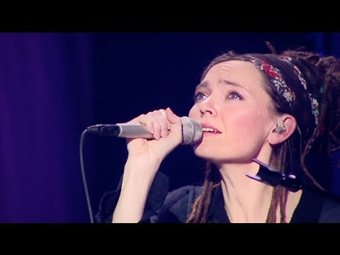 Клип Misty Edwards - When You Think of Me (Live)