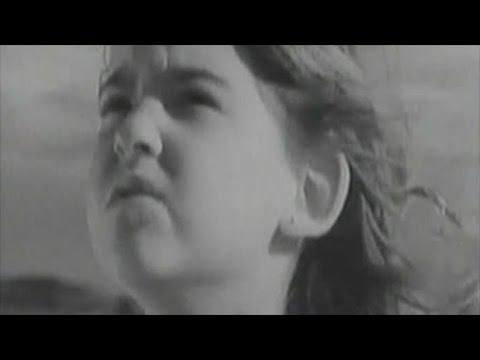 Selena ft. David Byrne - God's Child (Baila Conmigo)