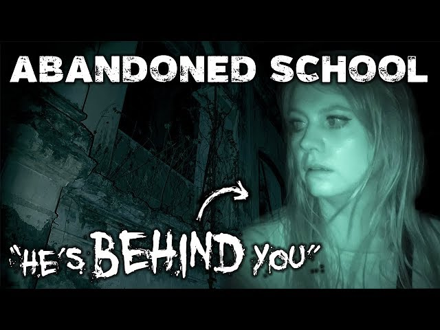 Scary Night in a HAUNTED ABANDONED SCHOOL | Shih Chung Branch School