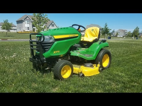 2016 John Deere X570 - 100-Hour Update - Some Pro's and Con's