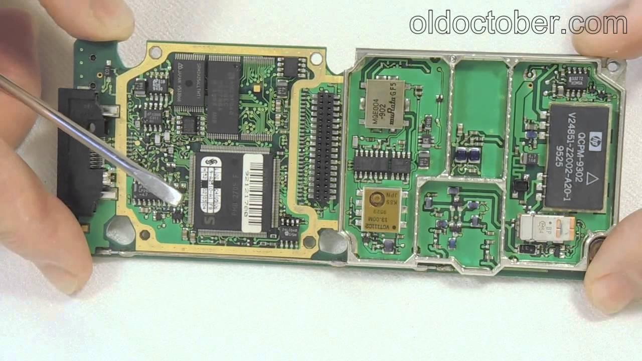 Что внутри первого мобильного телефона GSM?