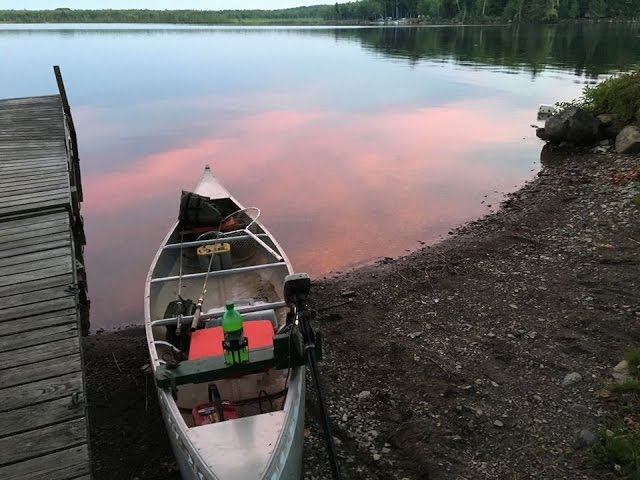 Outing A Canoe With Side Mount