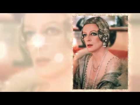 MAGGIE SMITH, FRANCESCA ANNIS & ESSIE DAVIS-STYLES OF THE 20'S