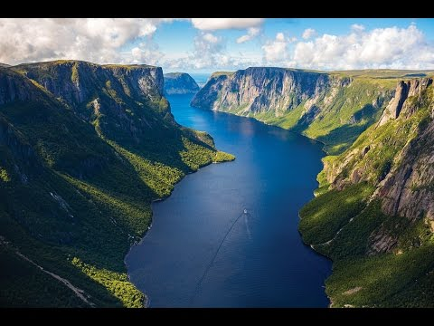 Top Tourist Attractions in Newfoundland and Labrador: Travel Guide Canada