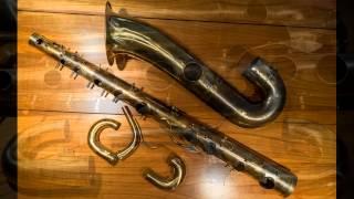 The Pupeschi saxophone exorcism