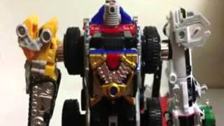 Đồ Chơi Siêu Nhân Đỏ Biến Hình-Transformers Animated Optimu