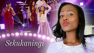 Woman In Praise - Sekukaningi
