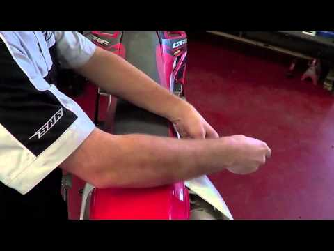 Dirt Bike - How to remove and install your seat
