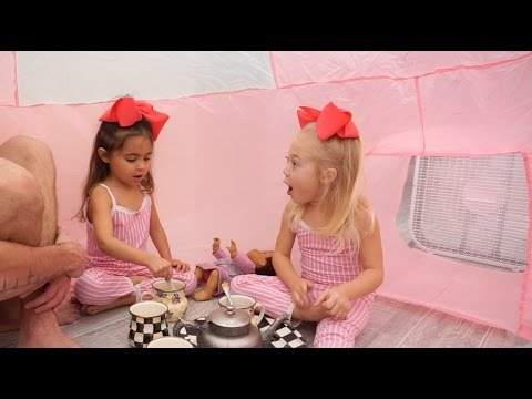 Everleigh and Ava discuss life (4 year olds)