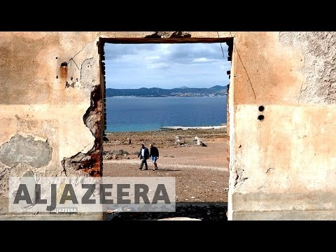 An Uninhabited Greek Island for Refugees?