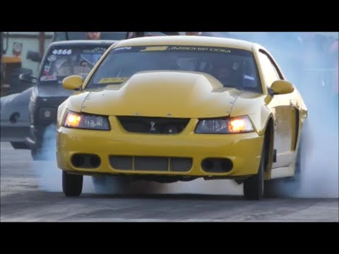 BoostedGt vs Palmer's Turbo Mustang at the dirty south no prep series