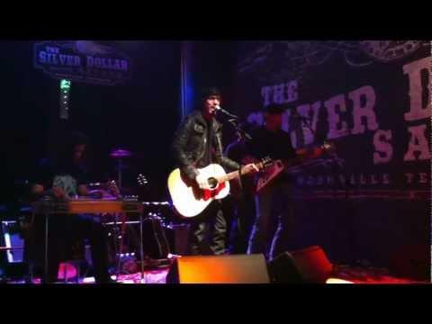 Chris Janson - Better I Don't - Live