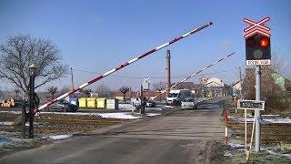 Spoorwegovergang Rožďalovice (CZ) // Railroad crossing // Železniční přejezd