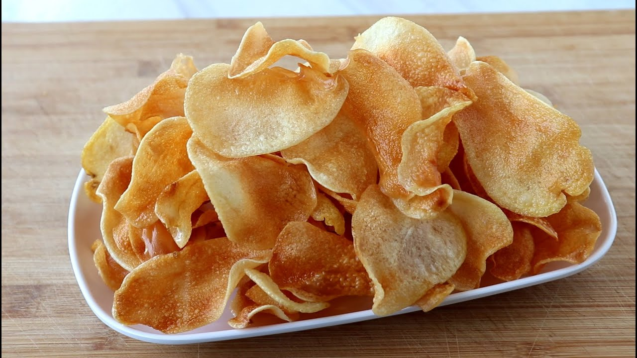 教你在家炸薯片,一做一大盆,又香又脆又解馋,做法超简单