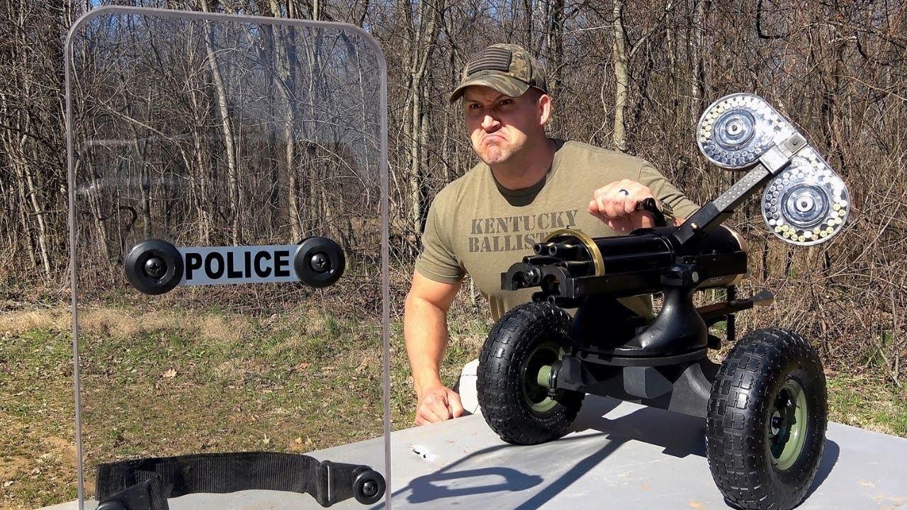 Download Gatling Gun vs Transparent Shield 🛡