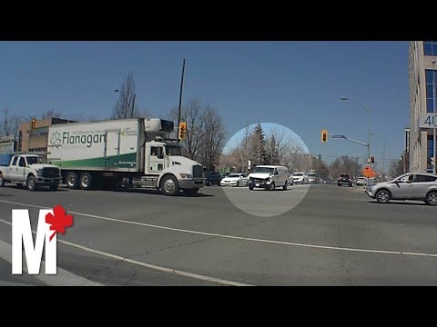 Toronto Van Attack: New dash cam video shows van narrowly missing pedestrians