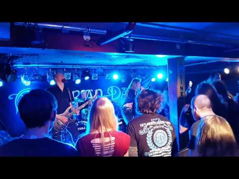 Amberian Dawn: Shallow Waters, live Bei Chez Heinz, Hannover 17.02.2017, 10th Anniversary Tour 2017