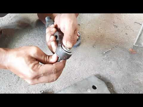 Mitsubishi jeep Tie rod end diy repair……