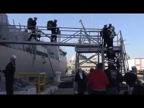 USS Truxtun (DDG 103) returns to Naval Station Norfolk following a nine-month deployment