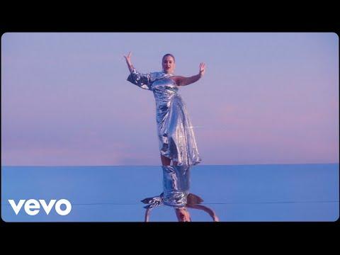 Rina - Tanze Alleine (Official Video)