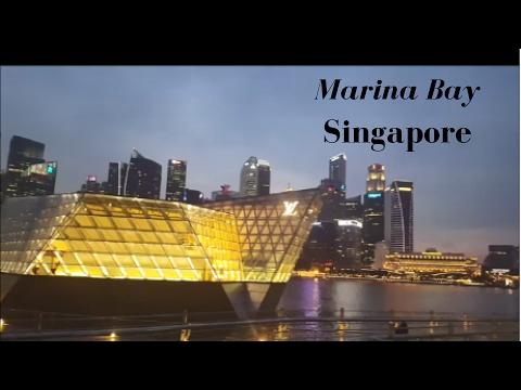 Hello Singapore!   Marina Bay in the Evening