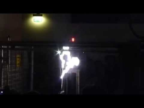 Немецкий музей (Deutsche Museum). Опыты с электричеcтвом (Experiments with electricity).