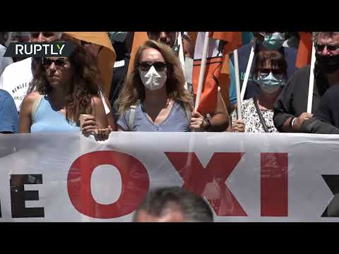 Thousands protest against draft labor bill in Athens, Greece