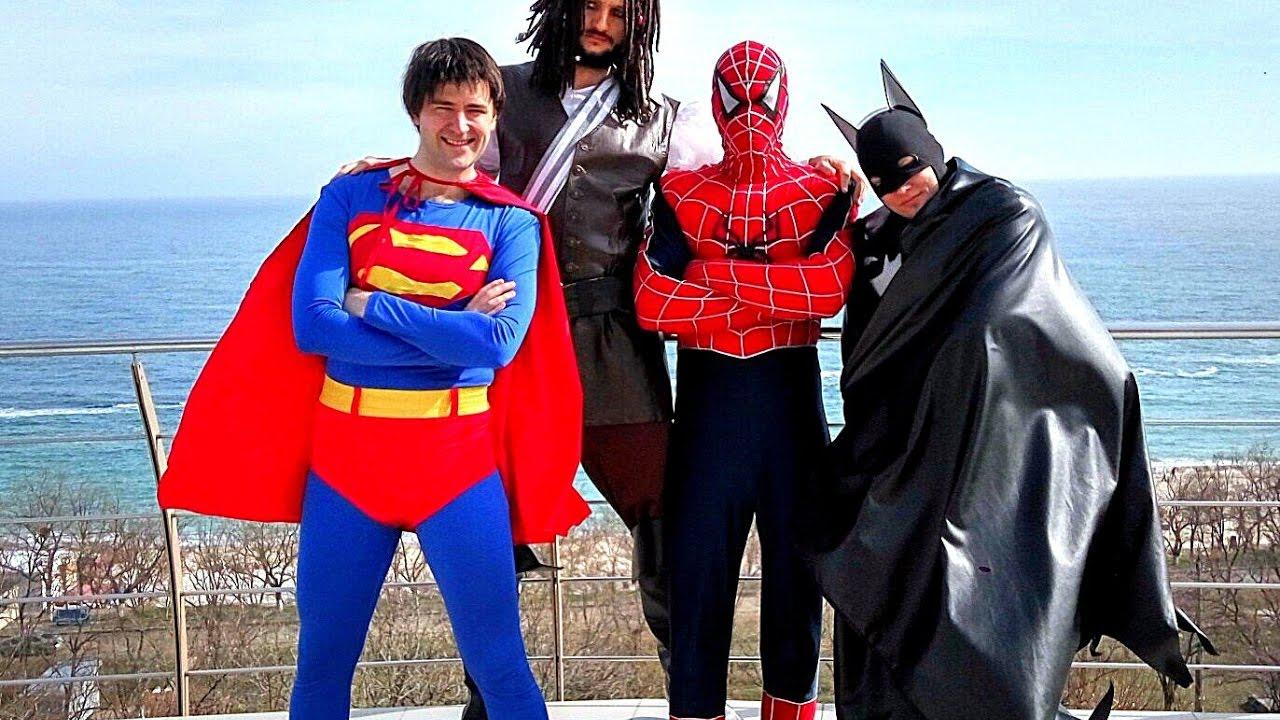 Дом СУПЕРГЕРОЕВ где живут Бэтмен Супермен Человек Паук (Спайдермен) и Джек Воробей Школа супергероев