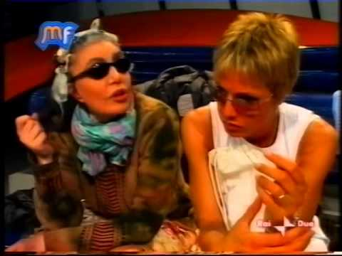 Loredana Berte' - Music Farm 2004 pomeridiano terza settimana (seconda parte)